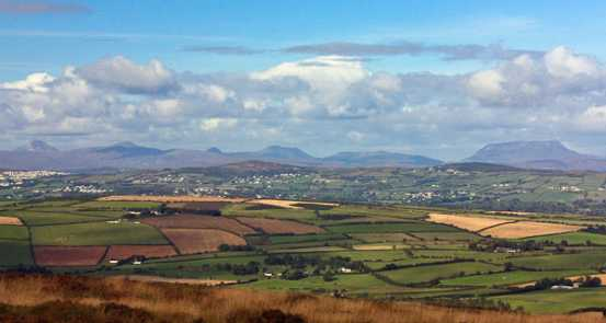 MountainViews.ie Picture about mountain Dooish Mountain in area Inishowen, Ireland