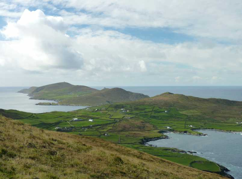 MountainViews.ie Picture about mountain Lackacroghan in area Slieve Miskish, Ireland